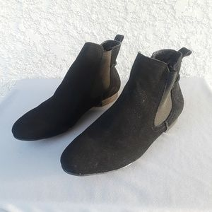 STEVE MADDEN Rigg Ankle Boots